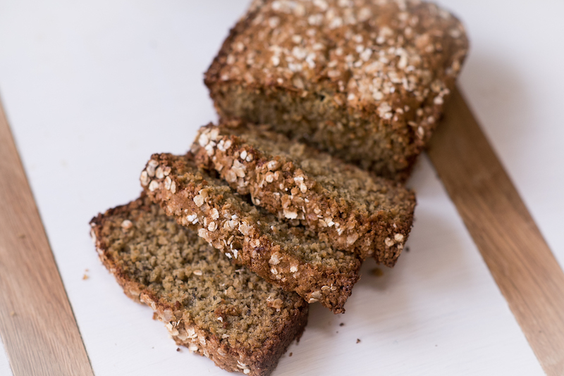 Oatmeal-Applesauce Quick Bread